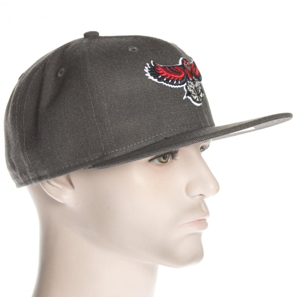 ... New Era Cap  NBA Heather Fitted Atlanta Hawks GR ... d59abf1f138